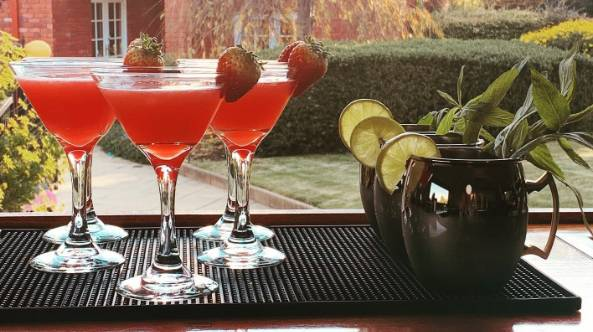 Mobile Cocktail Bartender